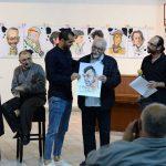 Пандев доби карикатура со неговата специфична поза на исчекување аплауз од публиката